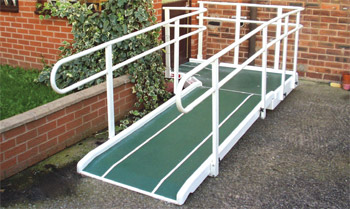 Fibreglass Semi Permanent Ramp 800mm double handrail